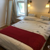 12 199710737 double room to let @E7 9ET all bills inclusive available 1st 3 bedrooms Individual East London £150 a bright large double room to let on Ramsay Road, London E7 9ET, house share in Leytonstone/forest gate, on the first floor, fully furnis